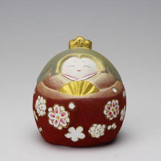 緒方恵子の博多人形「愛楽雛(あいぎょうびな)」のお雛様です。人形の正面です。