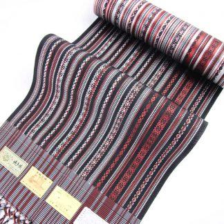 宮嶋美紀の博多織の八寸なごや帯「九献上 赤い宝」です。